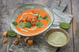 Sebastian Cpoien_Fit Mix_Tomatensuppe mit Cashewsahne