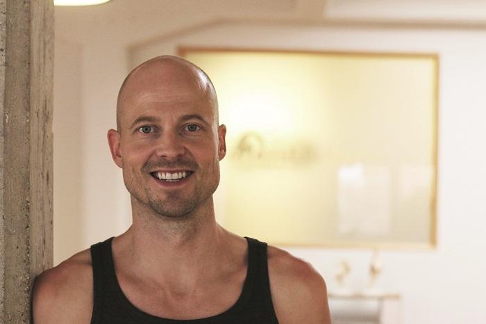 dr ronald steiner yoga macht gl cklich. Black Bedroom Furniture Sets. Home Design Ideas