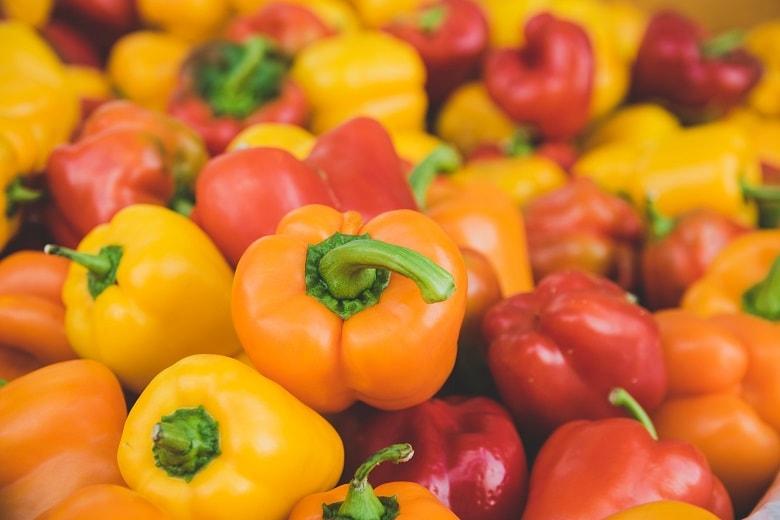 Paprika sollten in Bio-Qualität gekauft werden